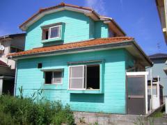 外壁塗装前の家、裏側