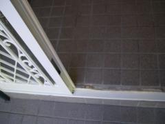 玄関サッシ補修・塗装後