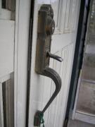 玄関ドア外側鍵・斜め
