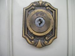 鍵穴のアップ写真