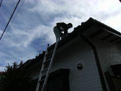 屋根塗装を下から見る