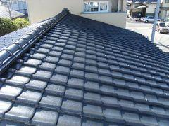 屋根瓦吹き付け塗装後